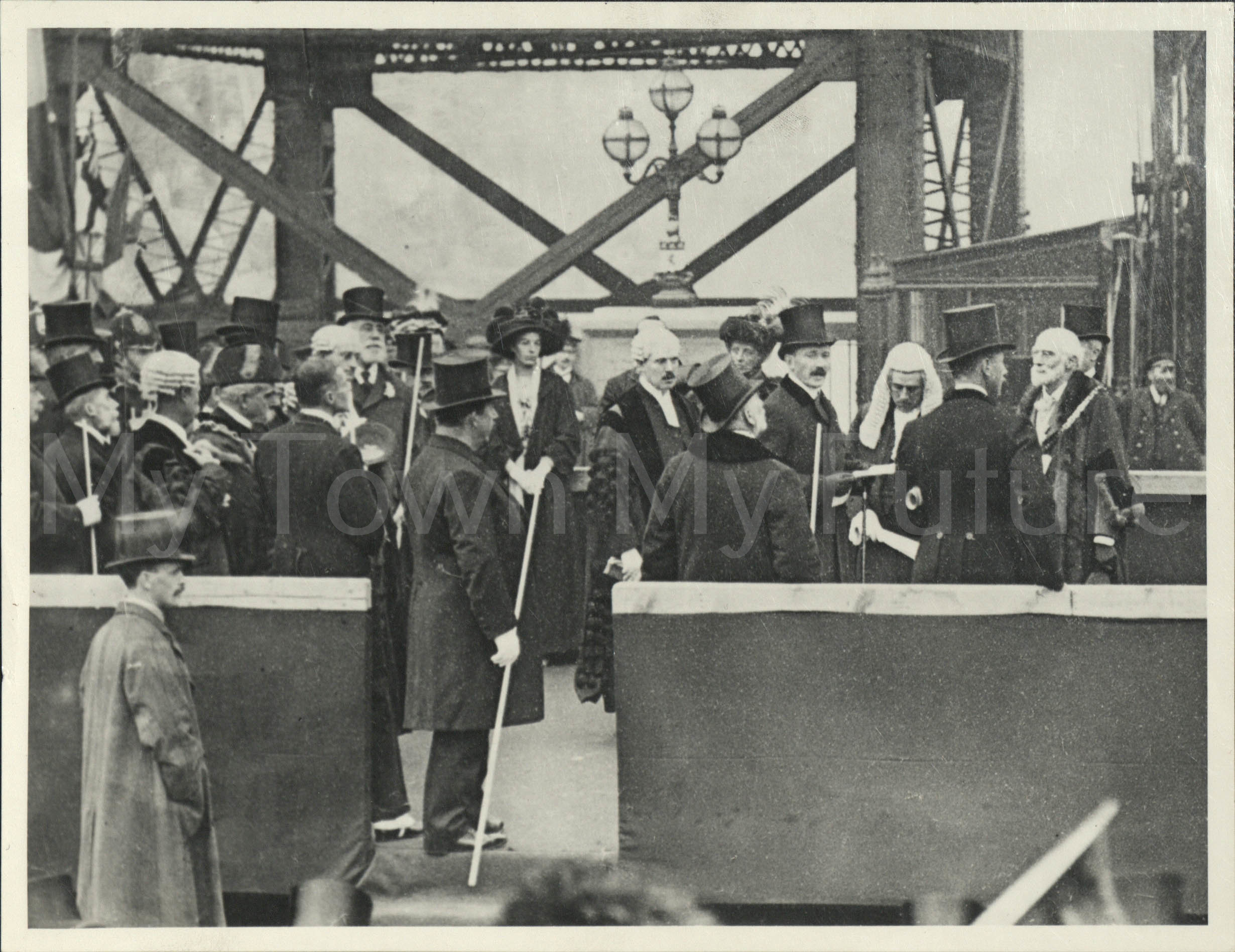Transporter Bridge Opening Ceremony 1911 Dennis Wompra