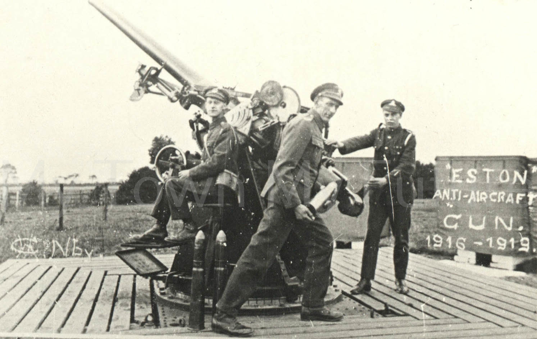 Eston Anti-aircraft gun 1916 - 19