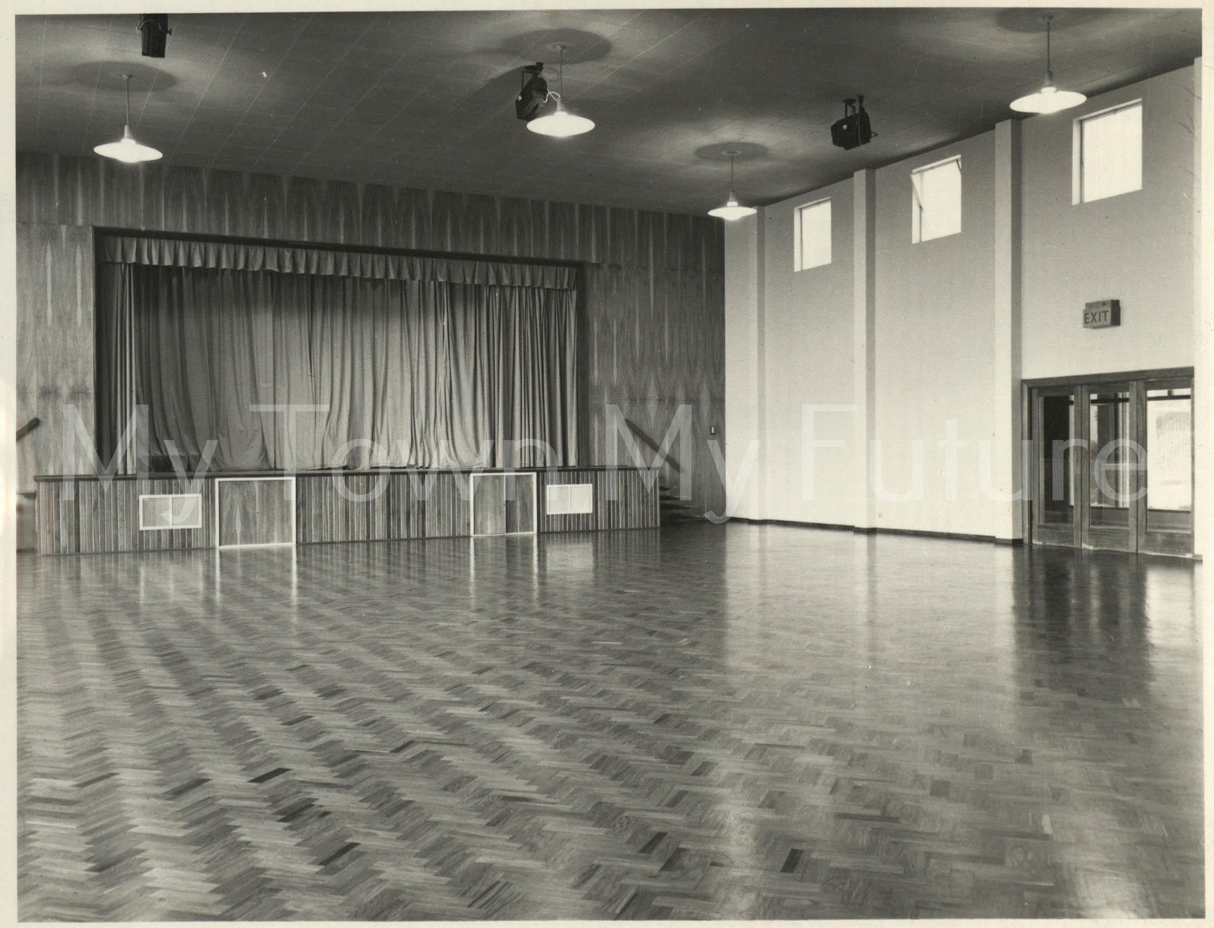 Brackenhoe-Formerly-Bertram-Ramsay-School