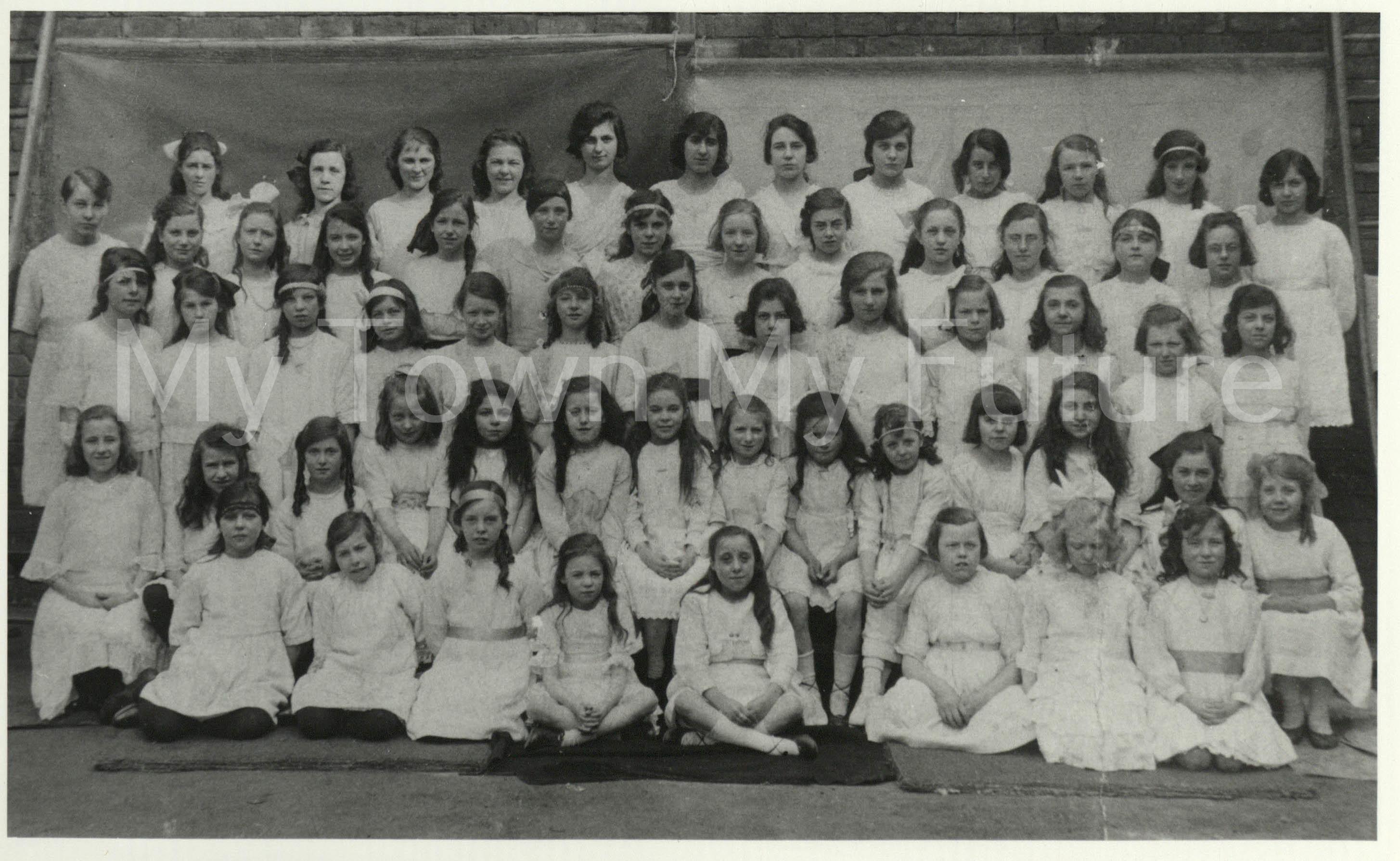 Hugh Bell School Girls Choir