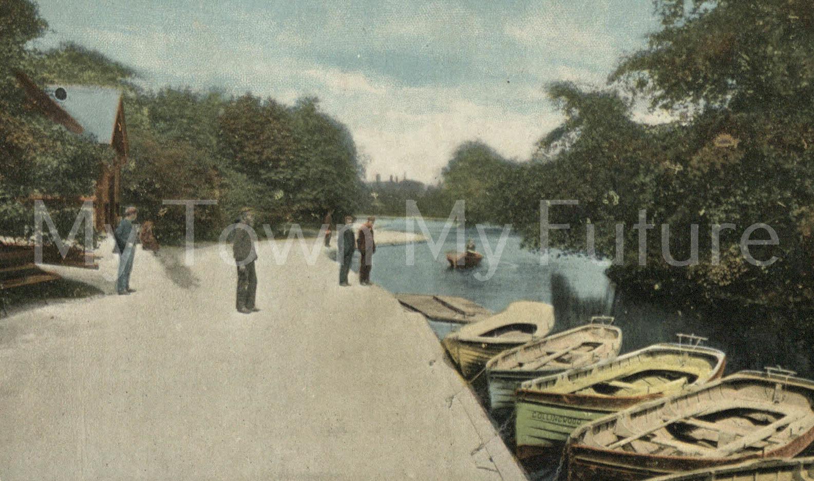 Albert Park - Postcard - Boat Pier - to Miss F Wilson, Postmarked - 6th September 1904