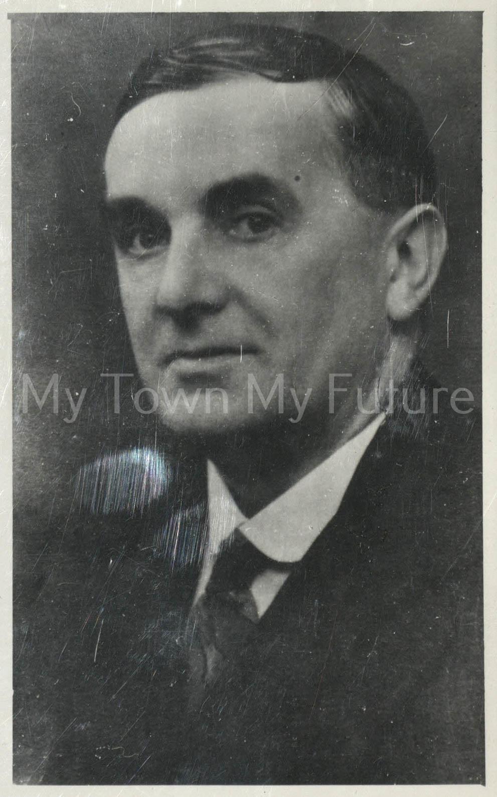 Ian. J. Chapman