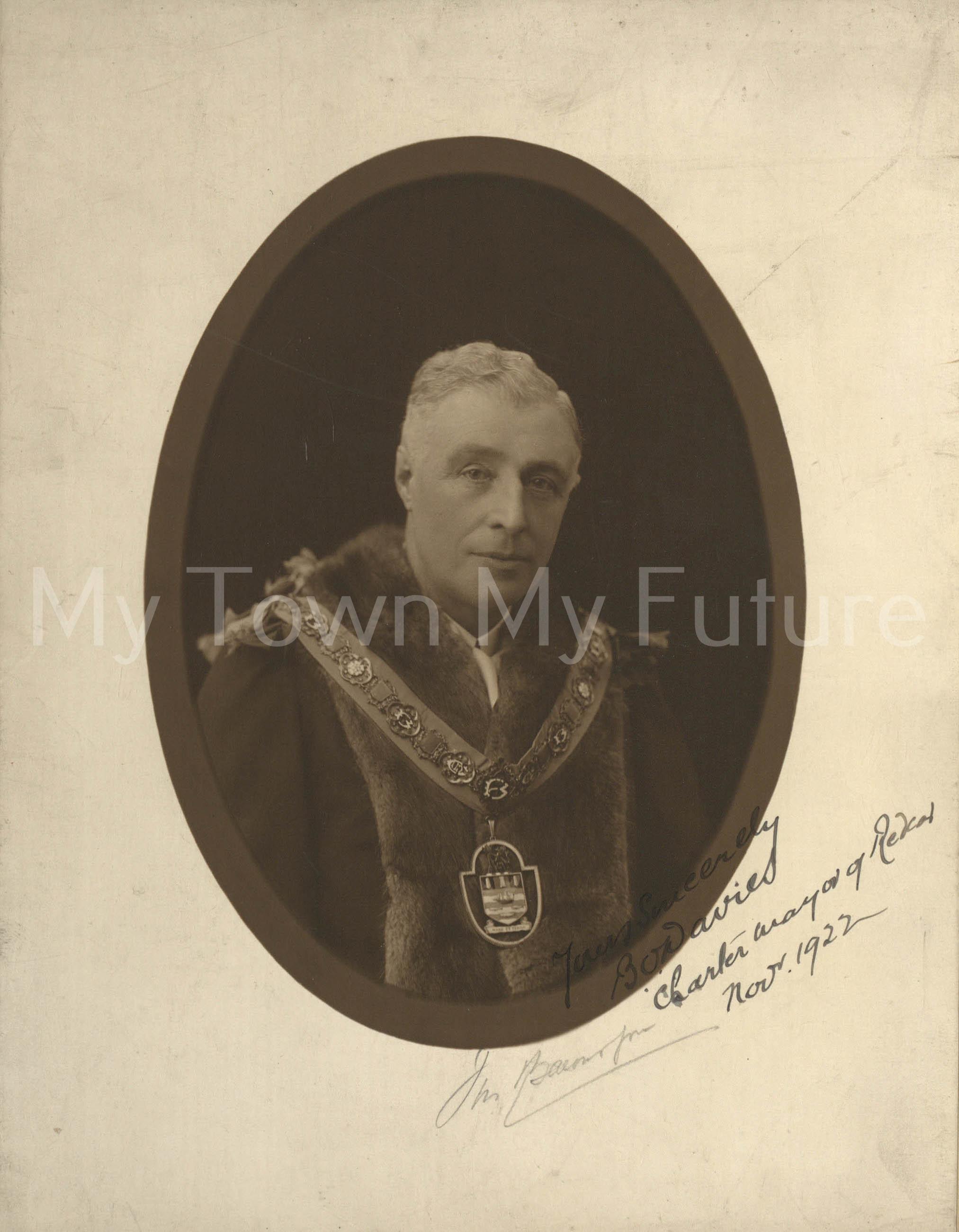 B O Davies, Mayor Of Redcar