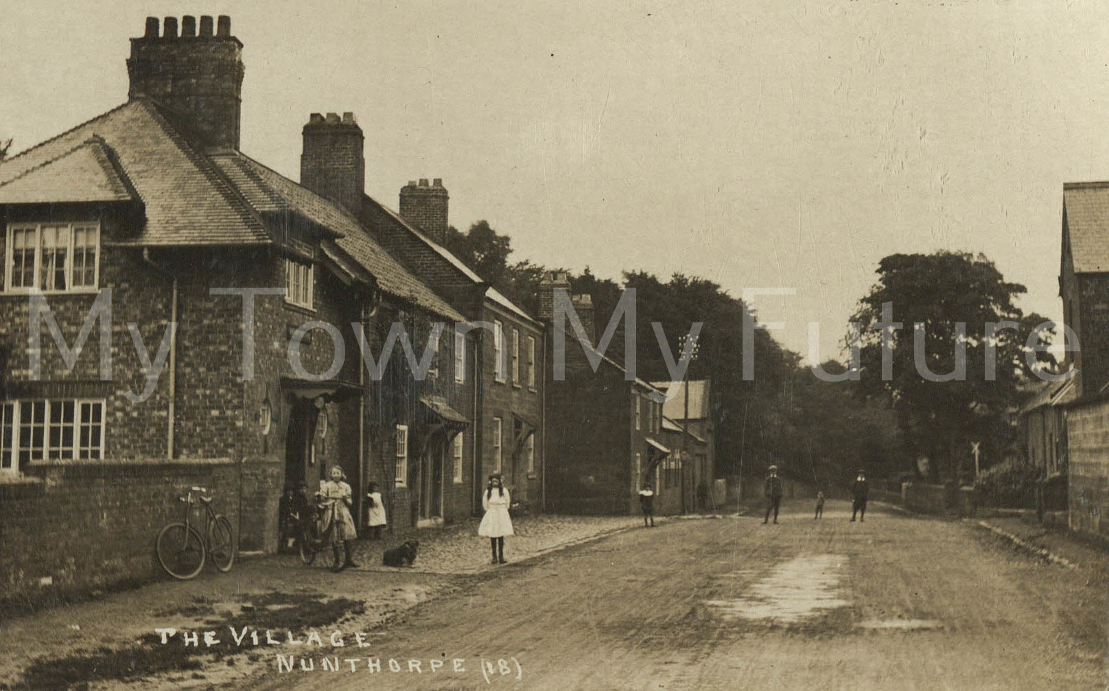 Nunthorpe, The Village