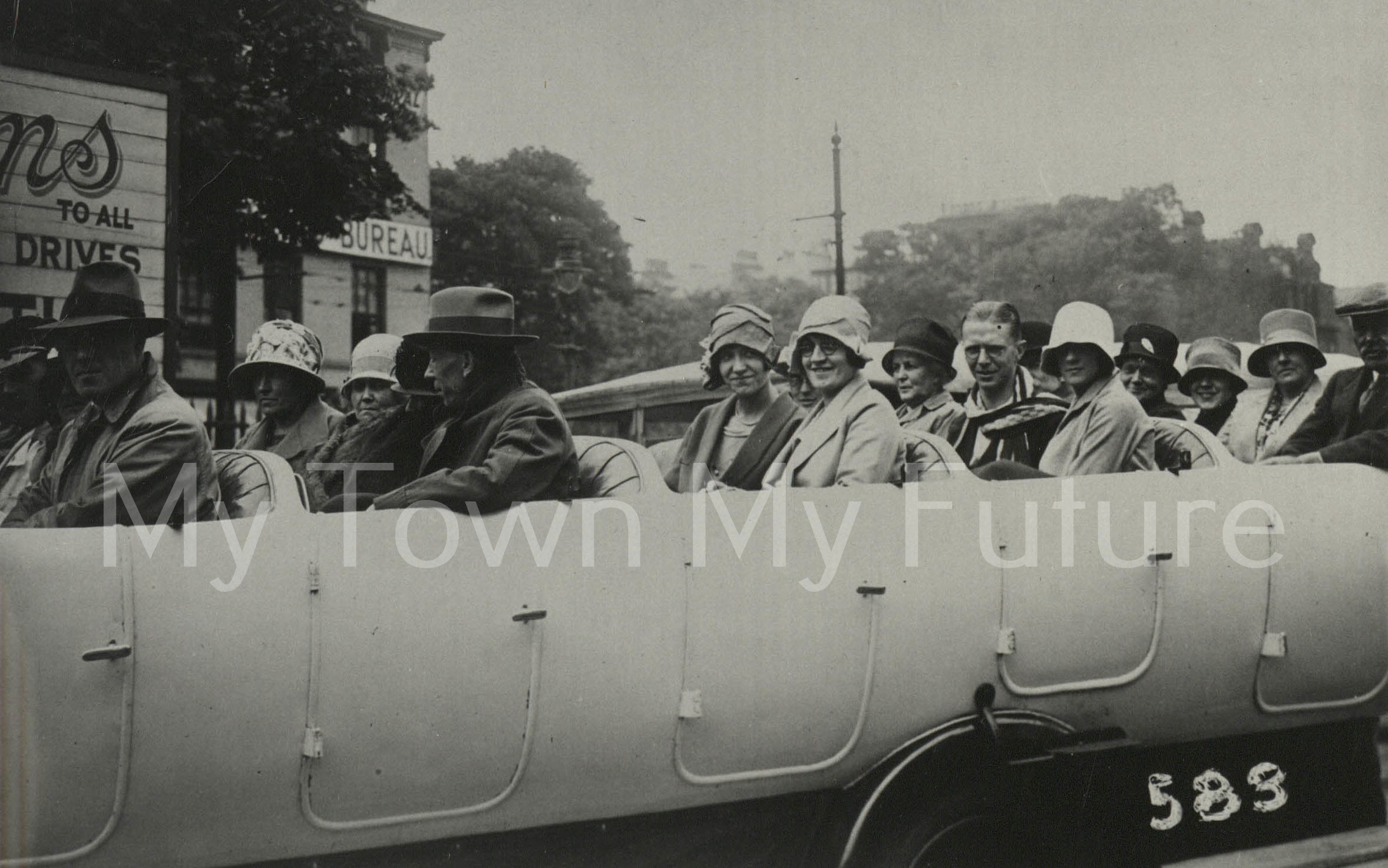 Cars_1920