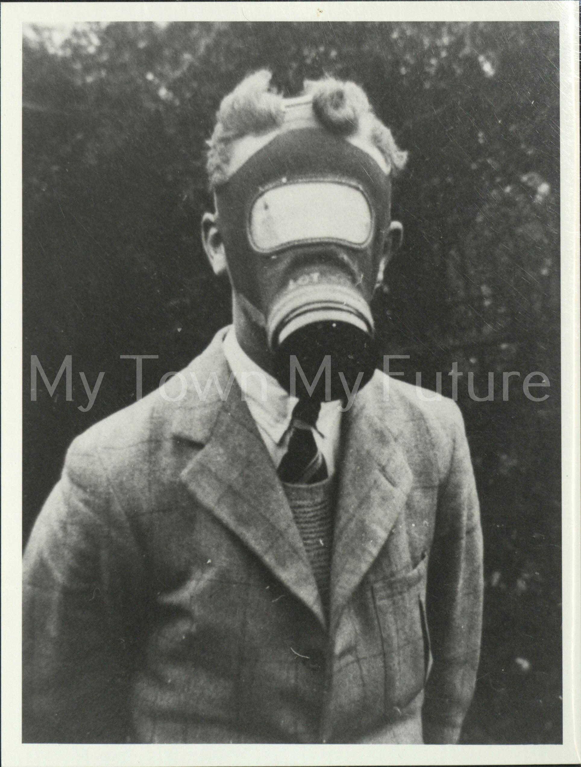 Civilian using gas mask, 1939 - Mr Warne - 42 Cambridge Road - Linthorpe