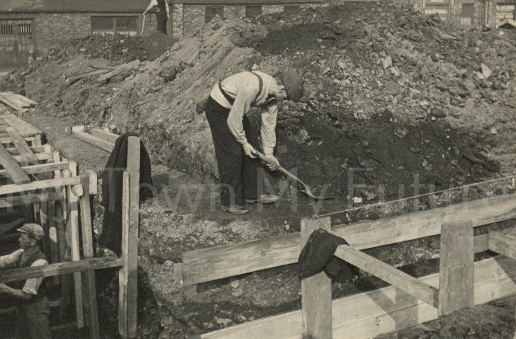 Digging Trenches Cannon Street Recreation Ground September 1938