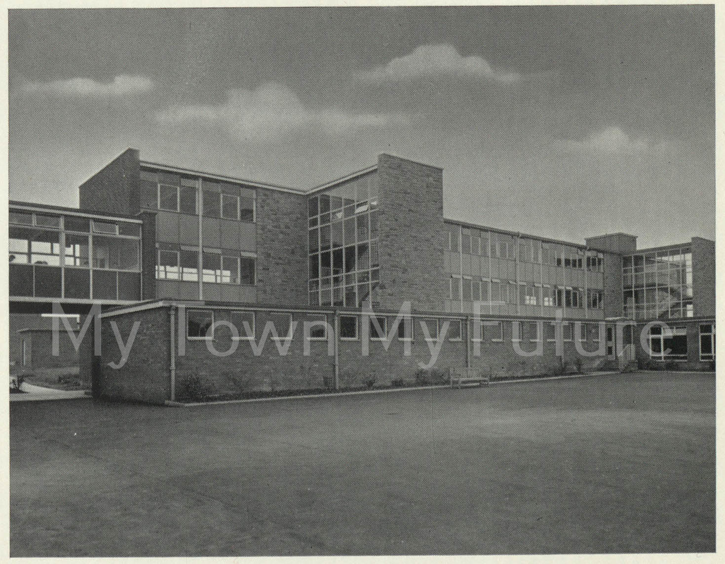 Brackenhoe (Formerly Bertram Ramsay School)