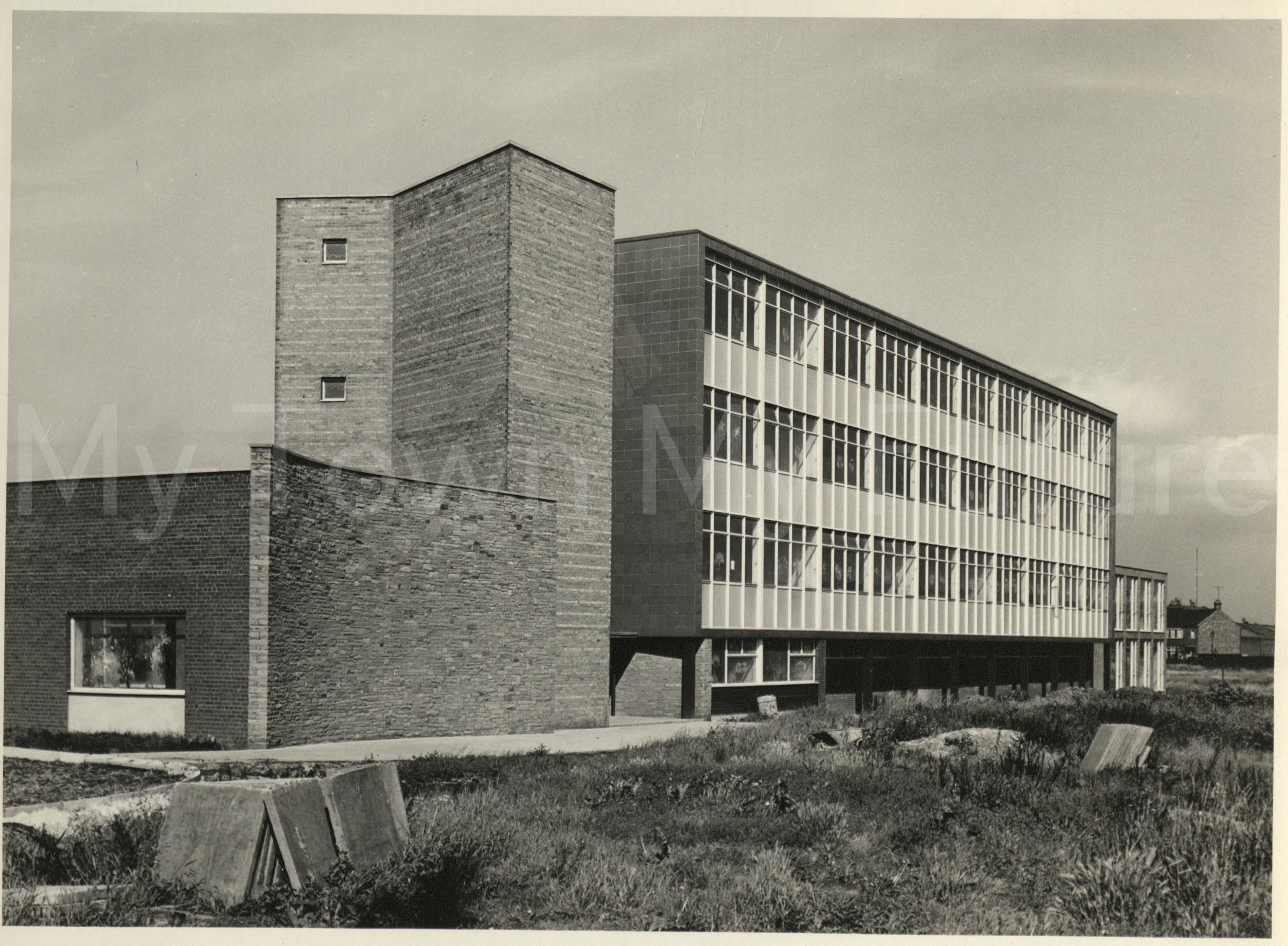 Longlands College