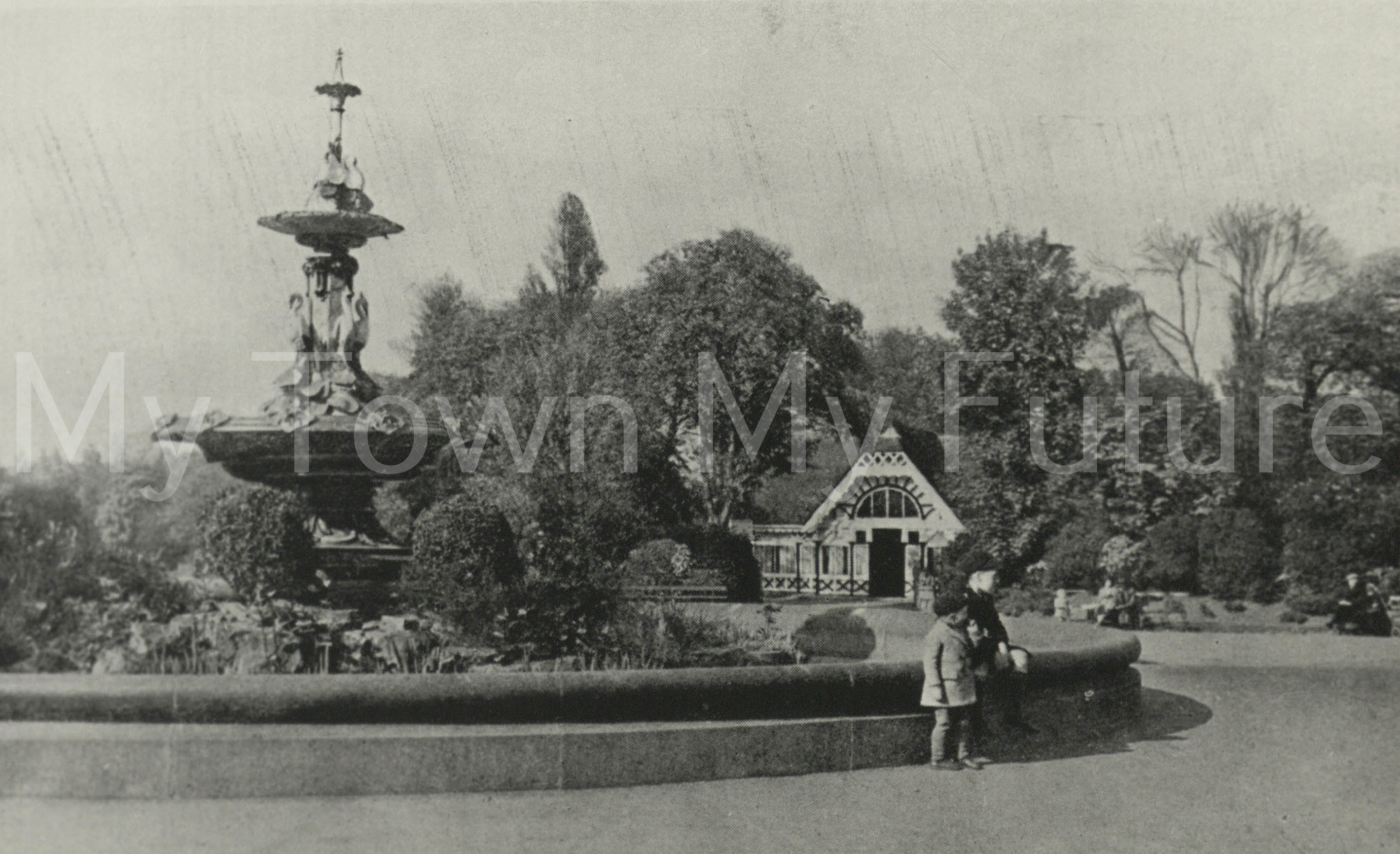 Albert Park - Fountain which was presented by Joseph Pease Esq. Postcard - No date - Mrs Hunter - Dept. of Planning - Cleveland County Council