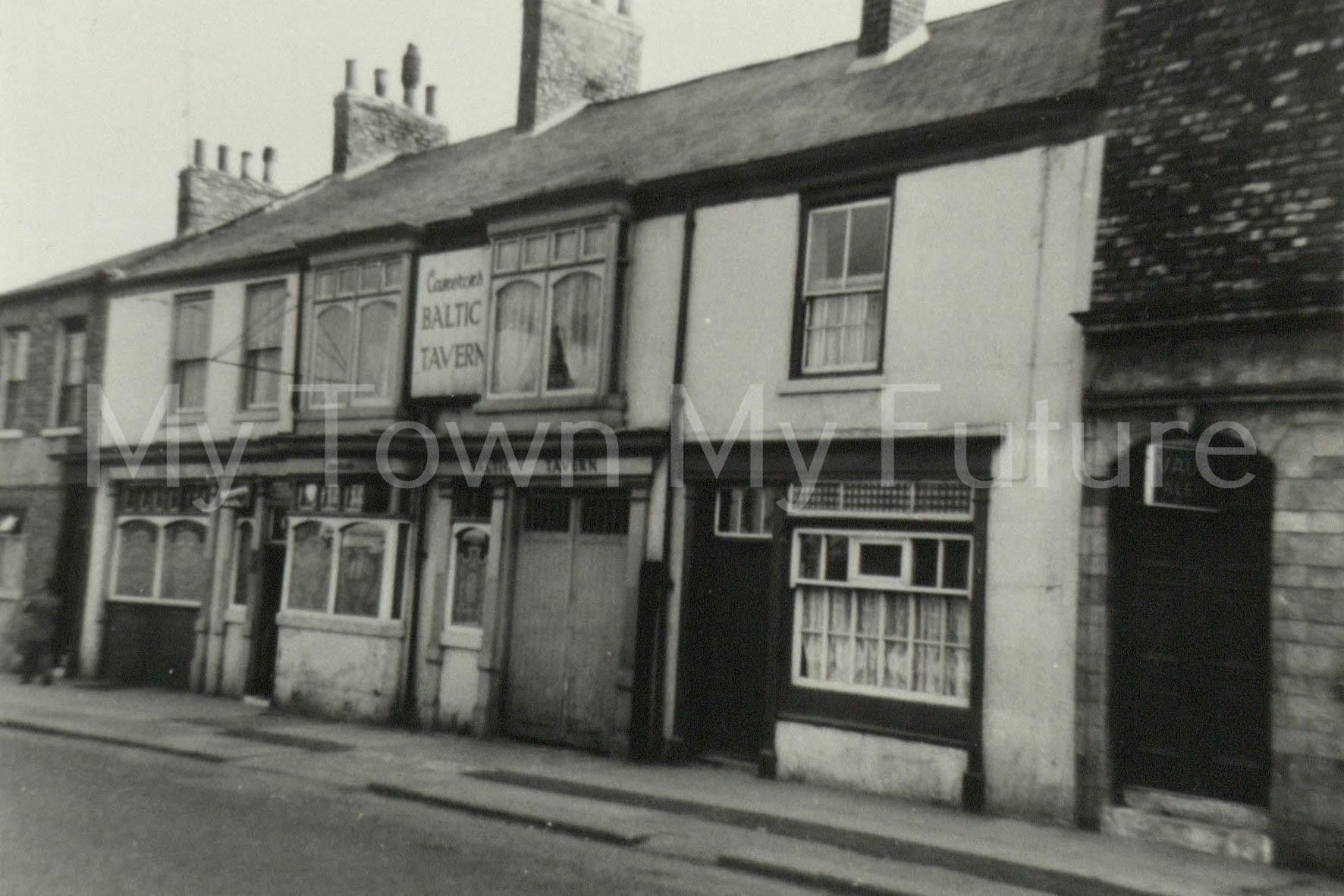 Baltic Tavern - Commercial Street - St Hilda's - Next door to Robin Hood, 1960, Paul Stephenson
