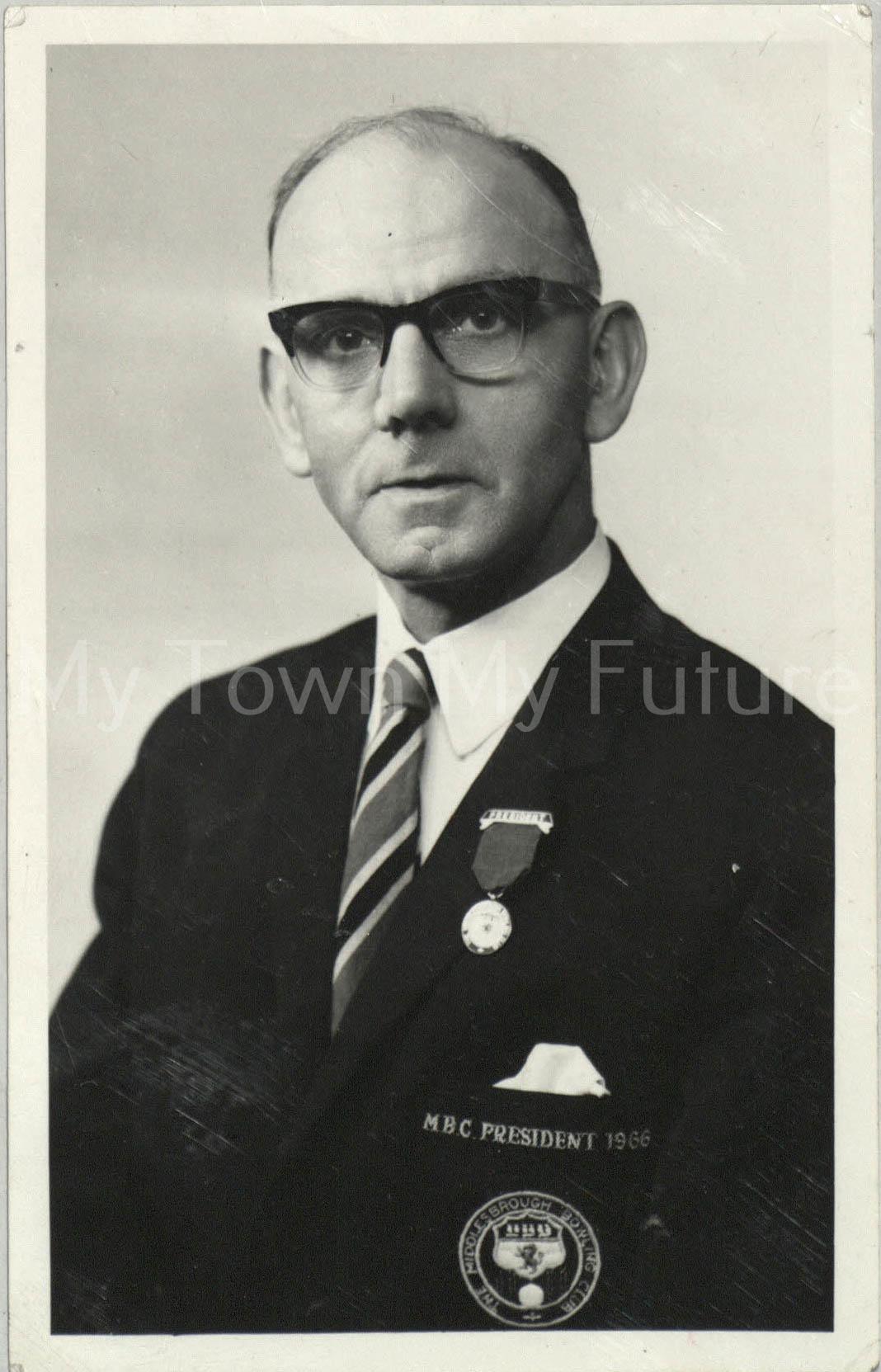 Mr R Forrest