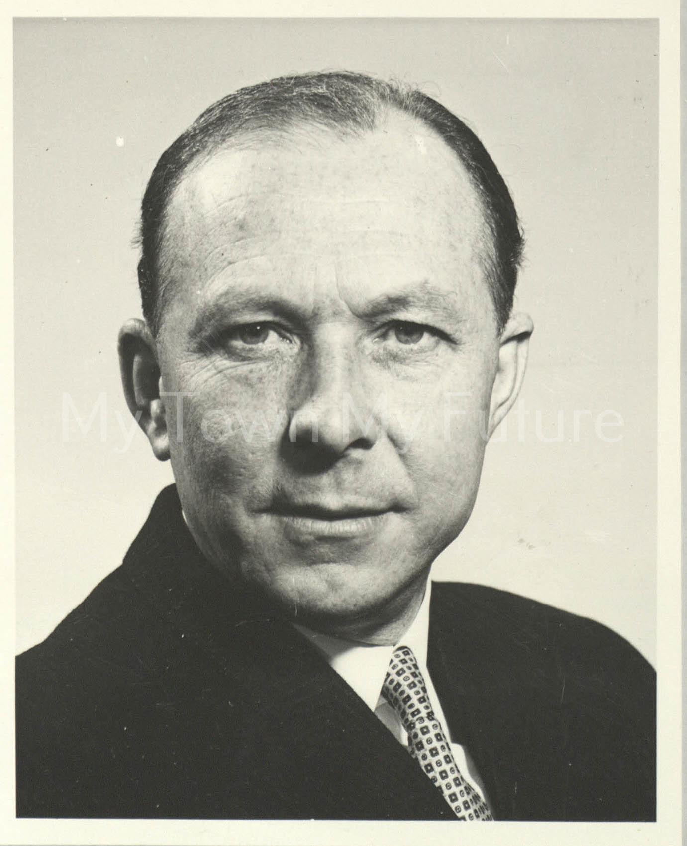 Mr W.L.Fletcher