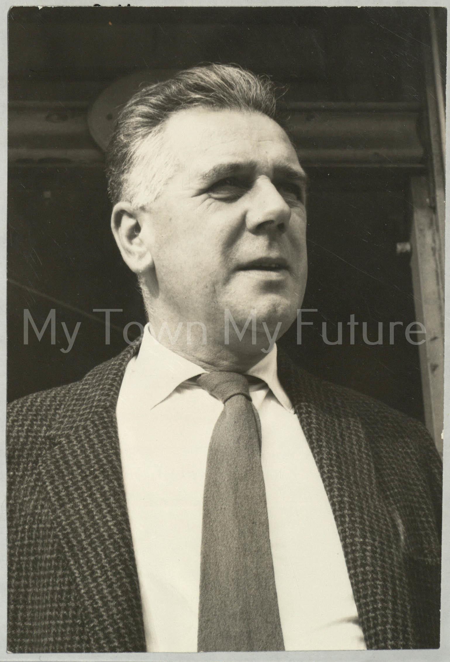 Mr J.W.Fletcher
