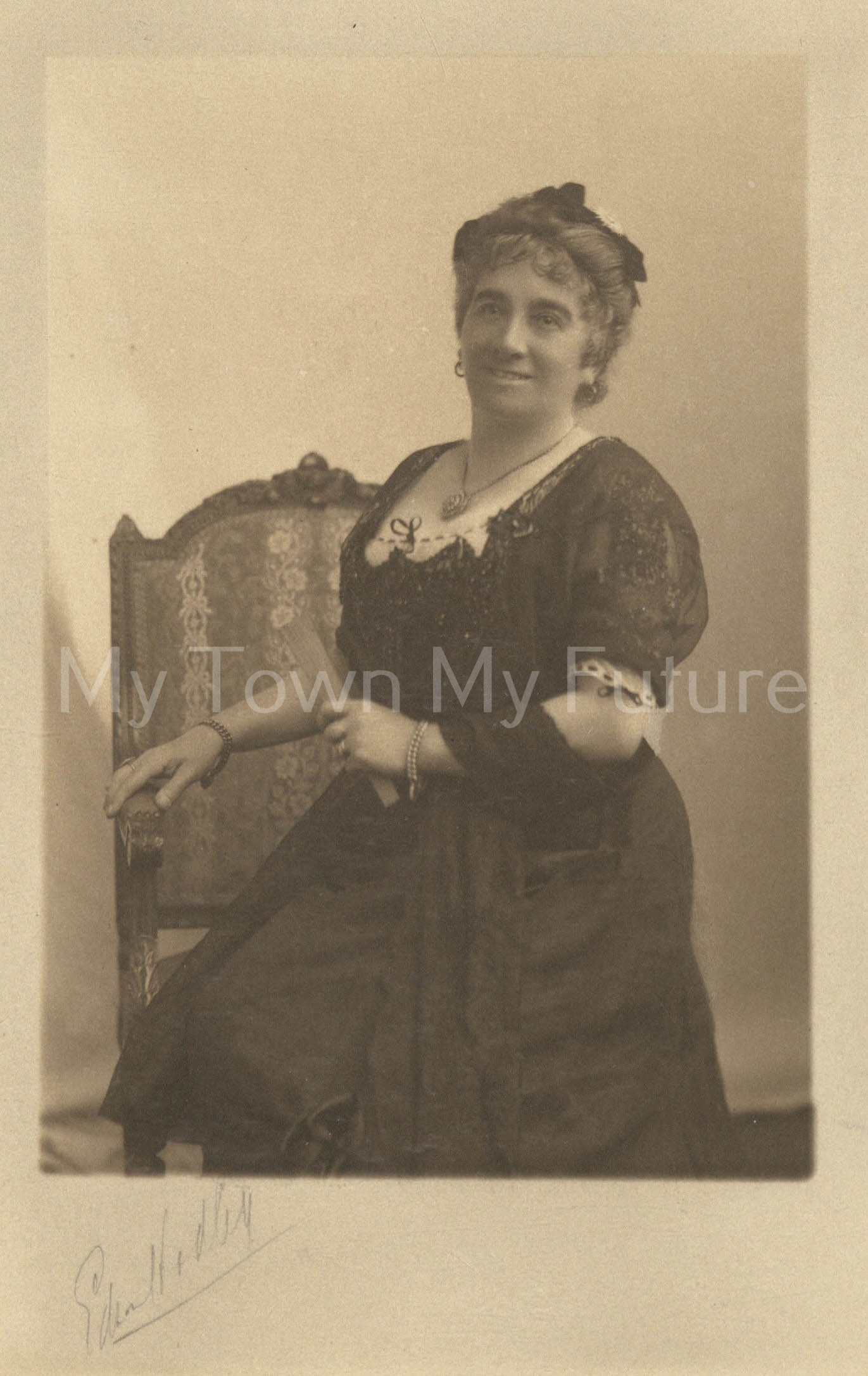 Mrs Edna Hadley