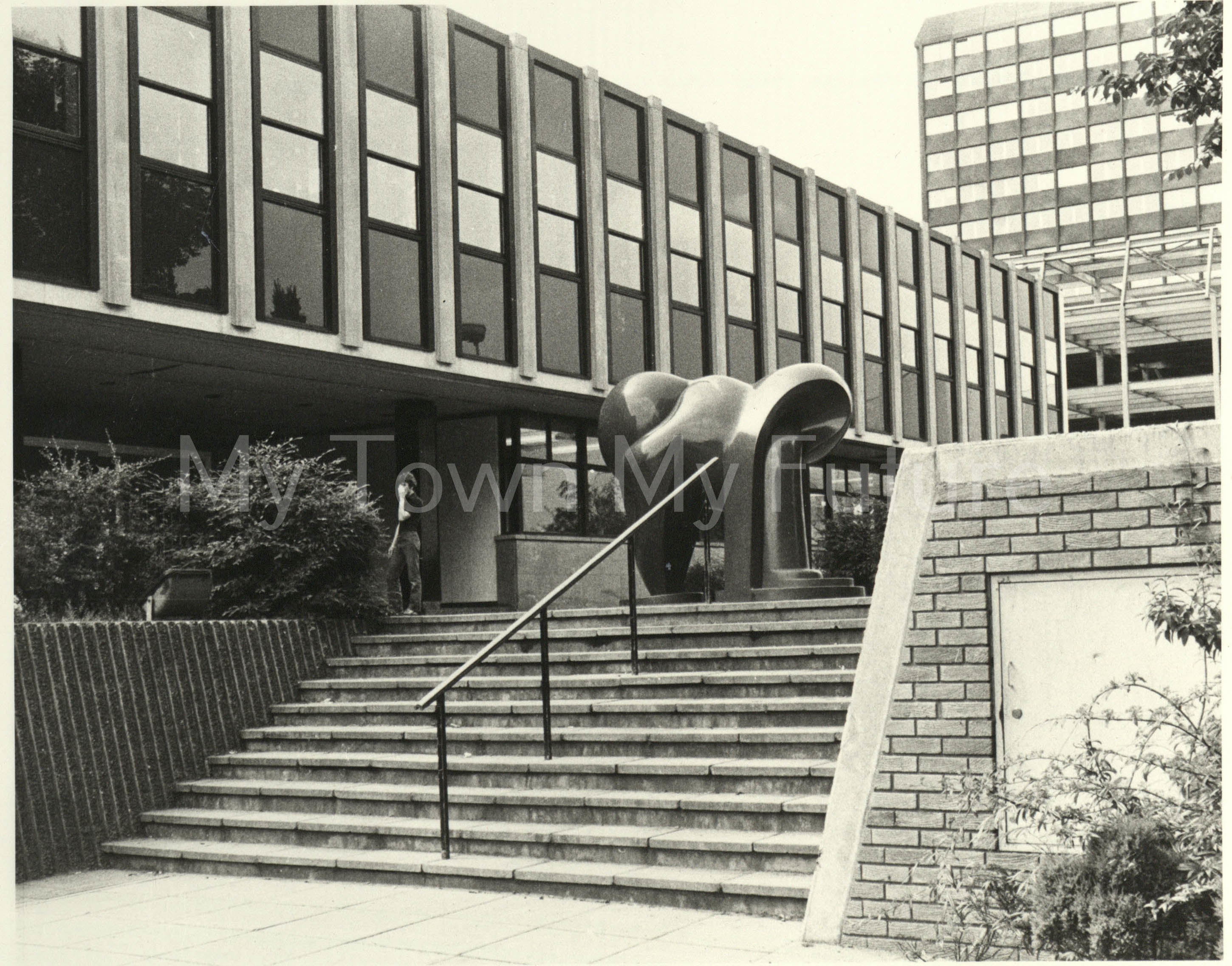 Teesside Law Courts Equinox, 1978