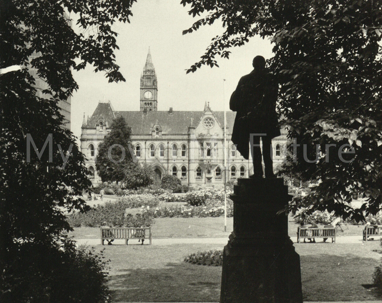 New Town Hall Victoria Square 1979