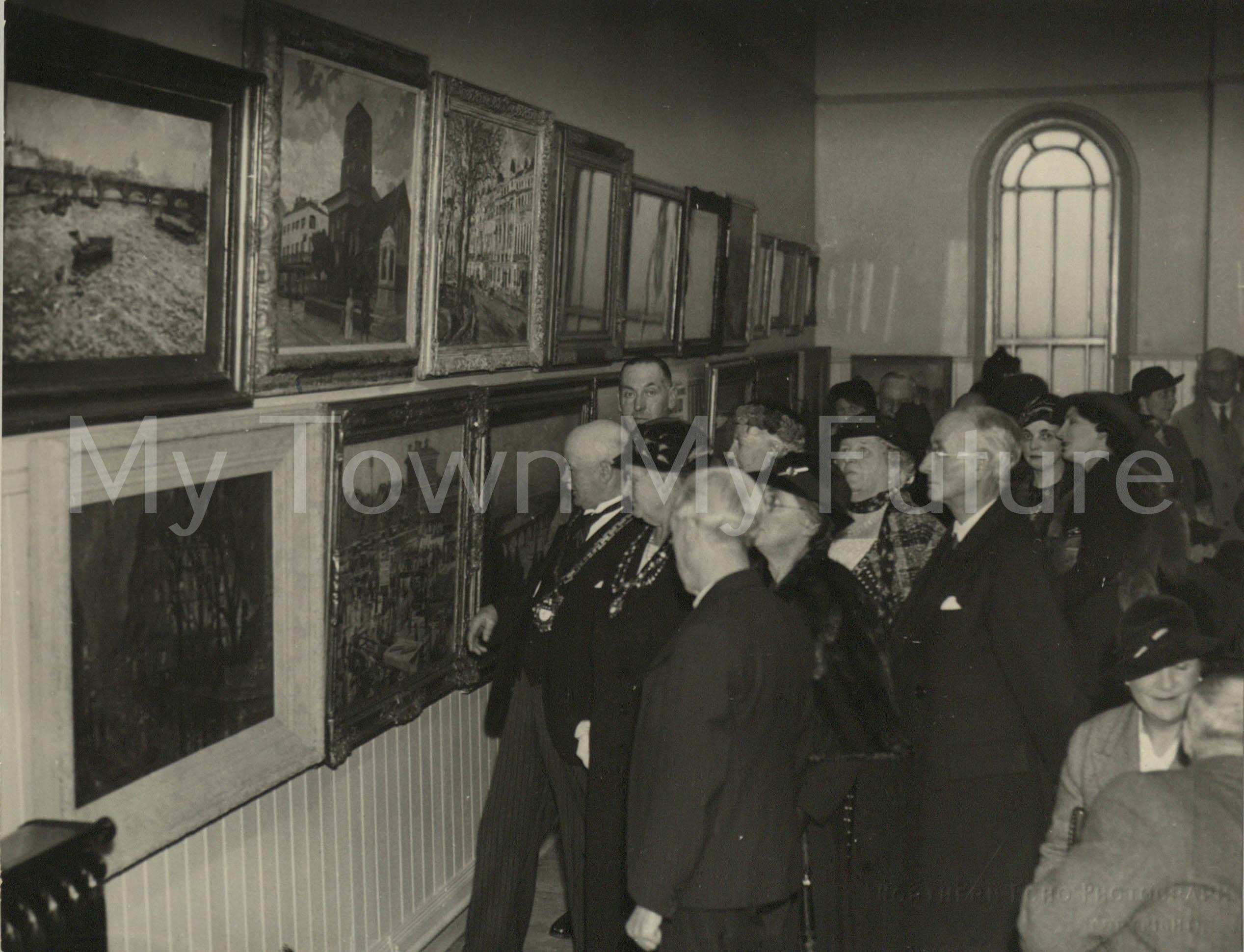 Temporary Art Gallery,Grange Road Chapel