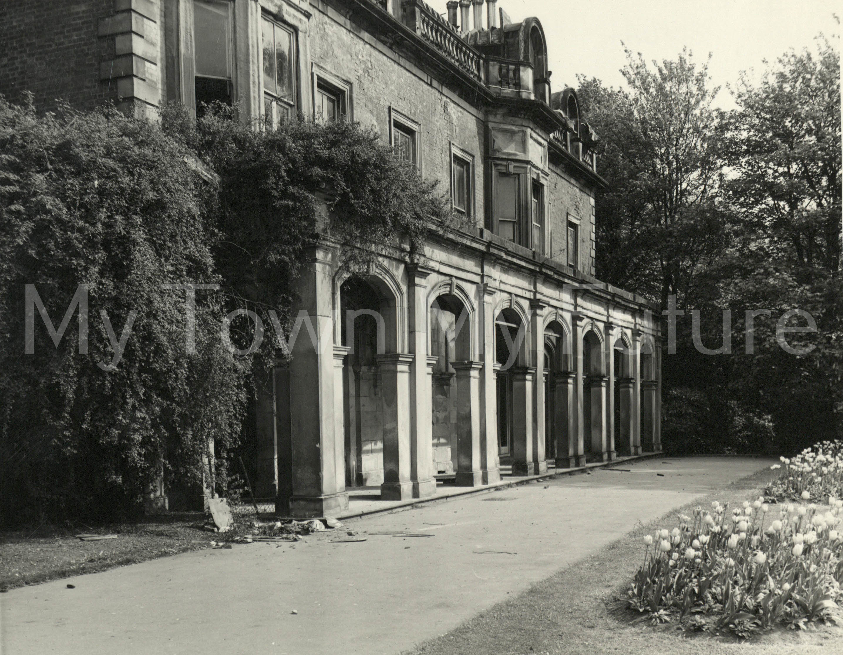 Marton Hall,Stewart Park