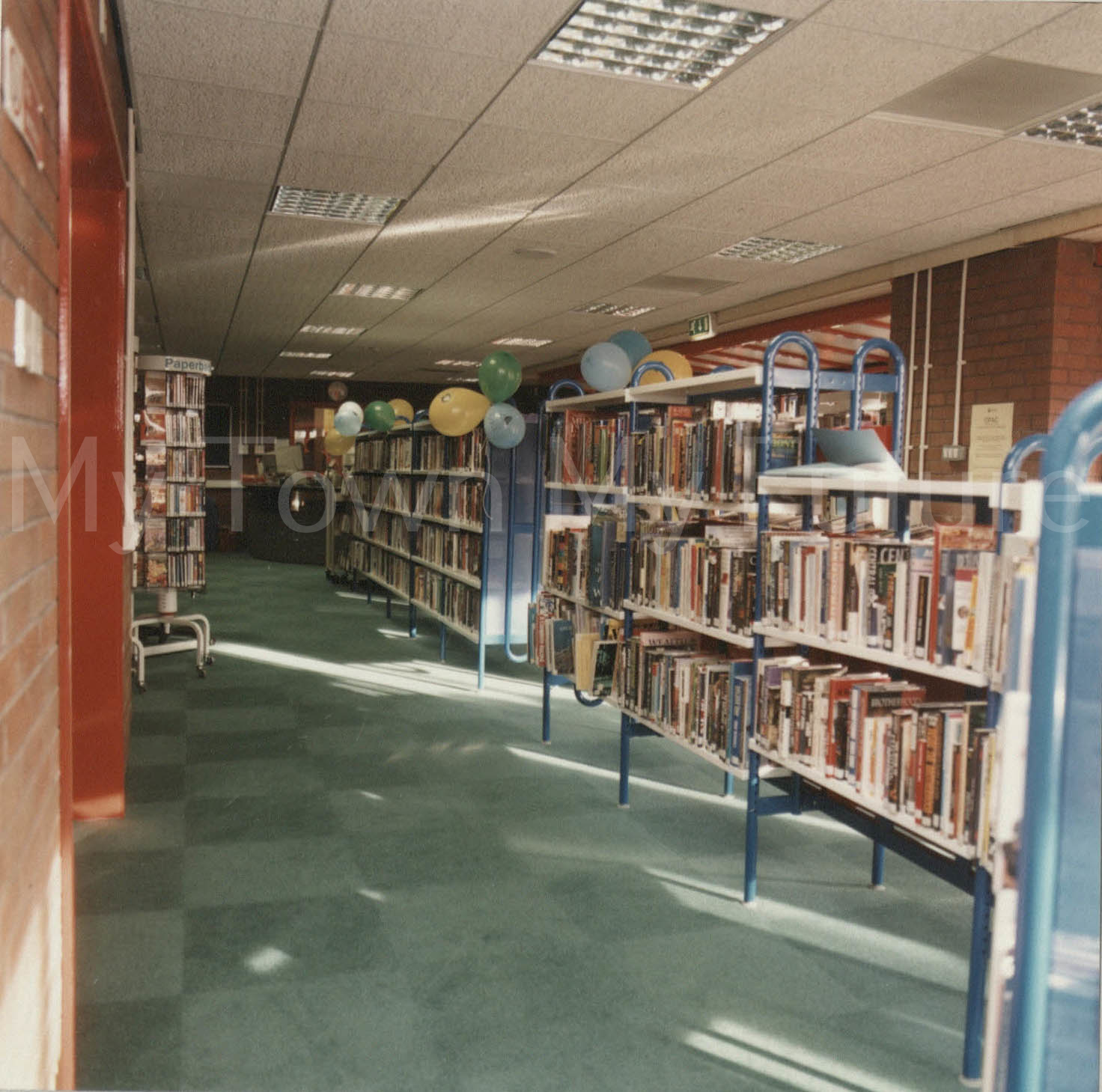 Rainbow Library, Coulby Newham (Nov 1998)