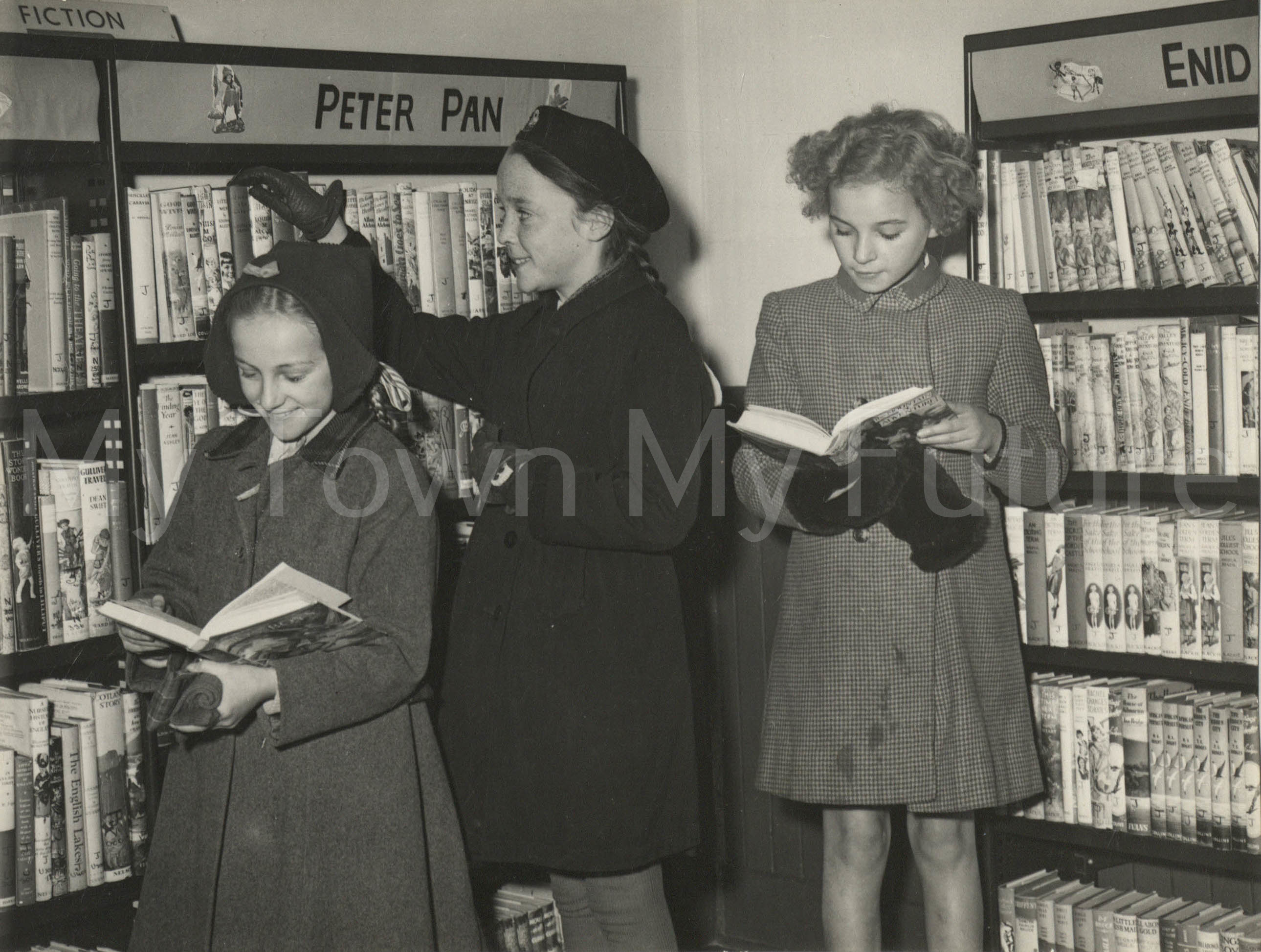Whinney Banks Community Centre & Library, First Children Borrowers, 1951 - Marian Flint Collection