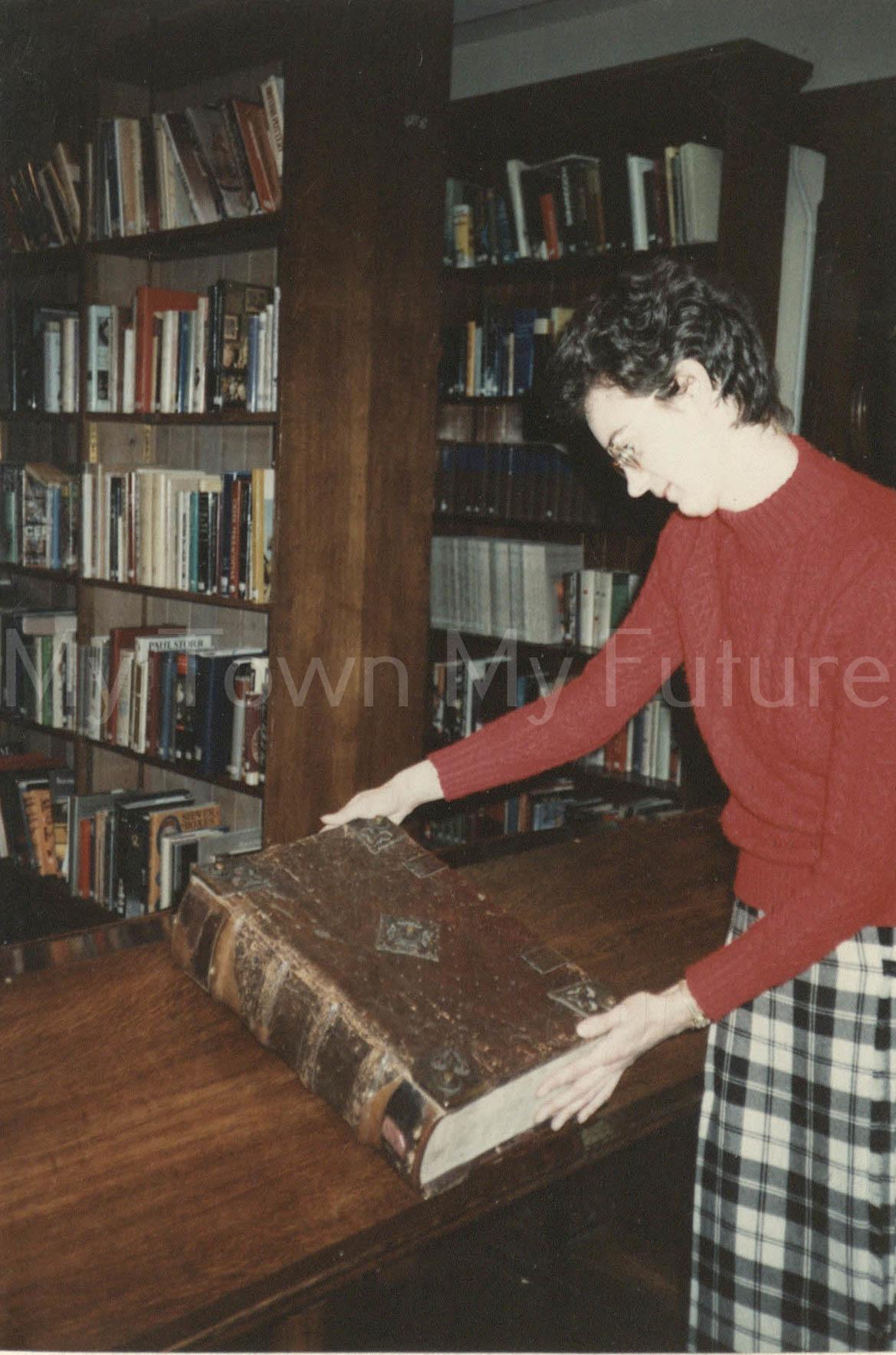 Koburger Bible, Jenny Parker, 1990