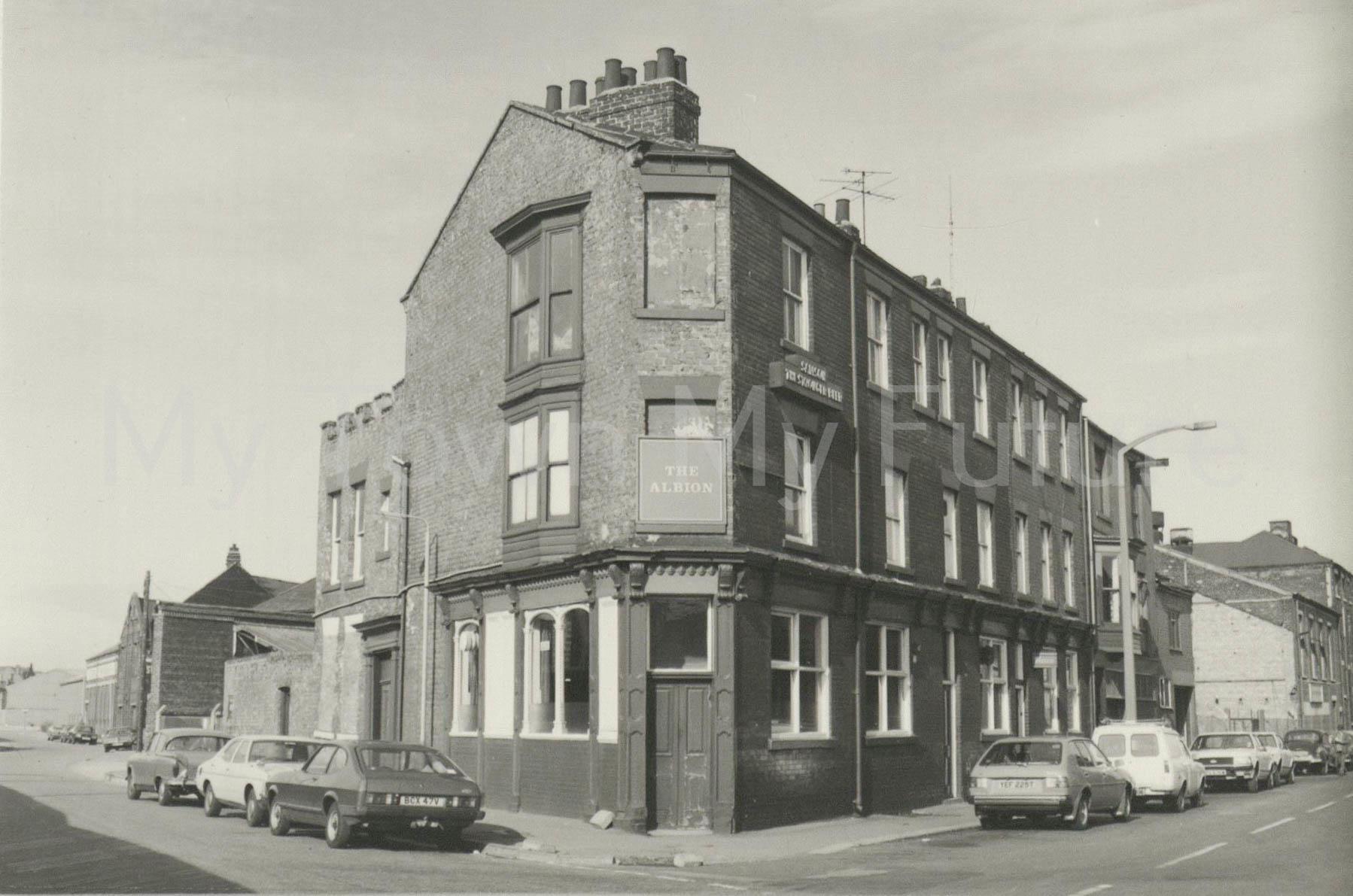 The Albion,Dock Street